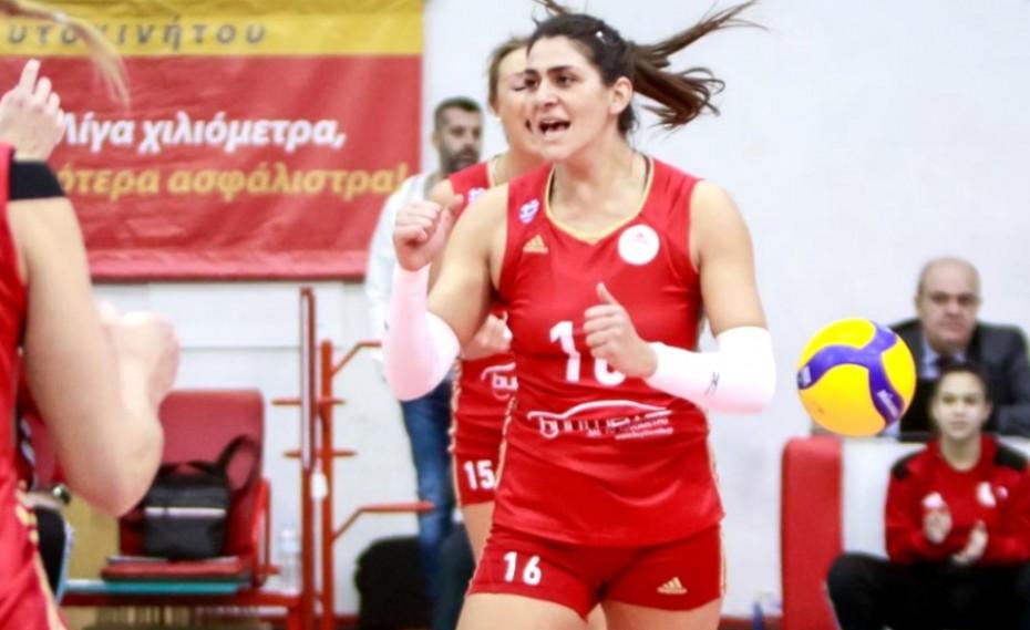 Ξανά στα... κόκκινα η Ζακχαίου! (photo)