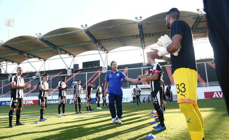 Υπόκλιση στους πρωταθλητές, «πασίγιο» από τους παίκτες του ΟΦΗ! (photos)