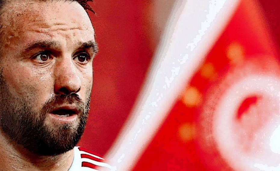 Ο ηγέτης έγινε θέμα στην UEFA! (photo)