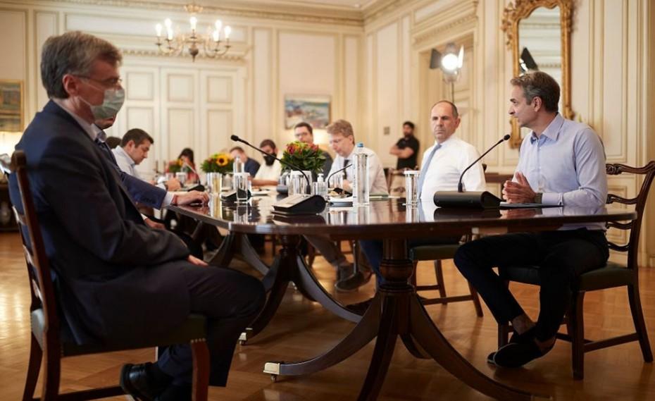Κορονοϊός: Έκτακτα μέτρα στα σύνορα ανακοίνωσε η κυβέρνηση