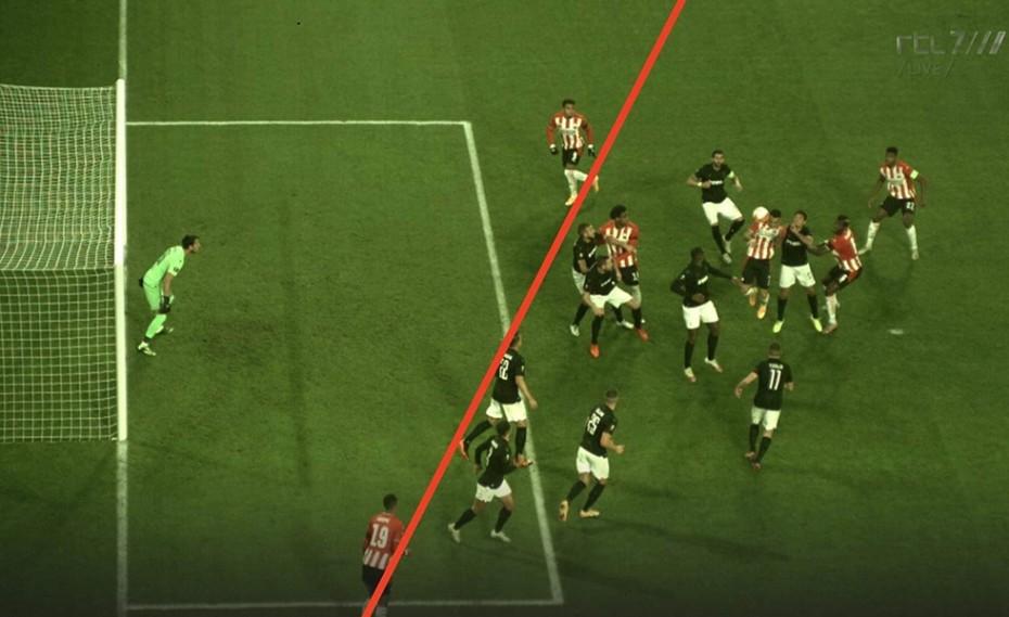 Το απίθανο ακυρωθέν γκολ της Αϊντχόφεν, αν και τον κάλυπταν 5!