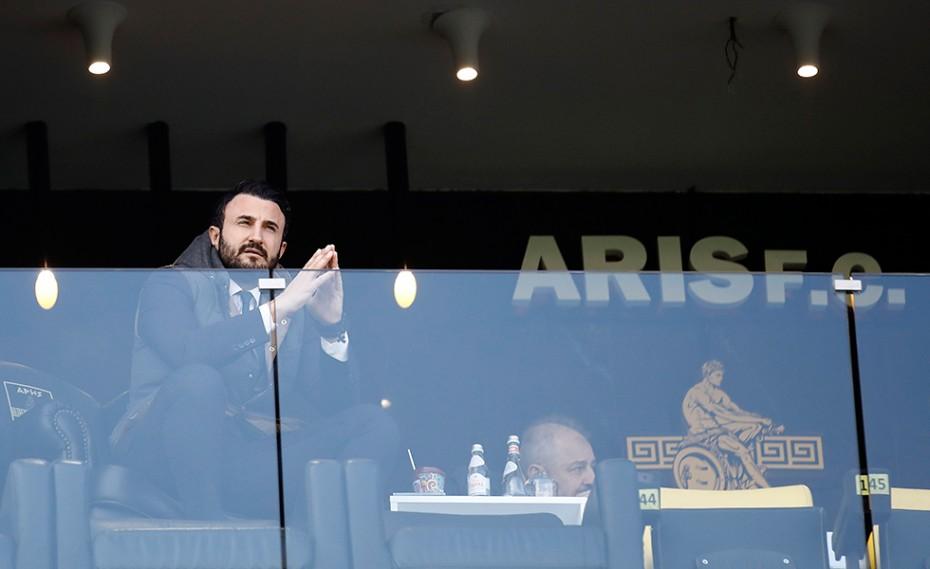 Καρυπίδης: «Δέχομαι απειλητικά μηνύματα από πακιστανικά τηλέφωνα» (video)